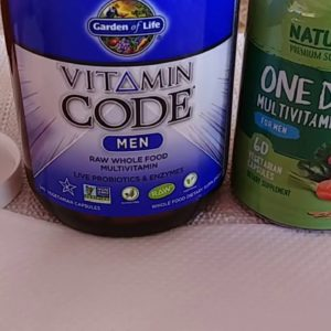 Vitamin Code Men versus Naturelo Men (closer look at vitamins)